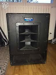 SUBWOOFER AMPLIFIEE MACKIE SWA 1501.