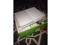 XBOX ONE S + ONE CONTROLLER £150