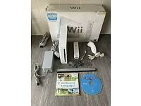 Wii Console white bundle with controllers remote controls