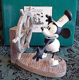 "WDCC ""STEAMBOAT WILLIE"" Mickey"