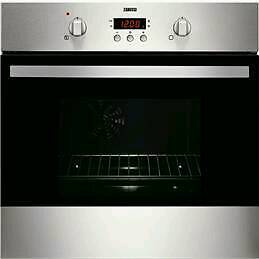 Zanussi built in gas hob and oven £235 ono Brand new in box OPEN TO OFFERS. Delivery available