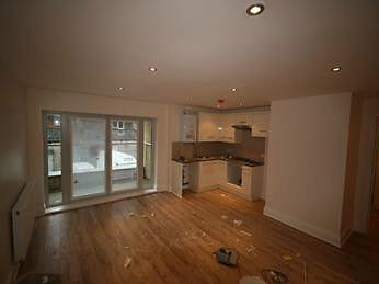 Modern 2 bed in a brand new development 5 mins from Kennington station - Available now