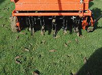 Aérateur de pelouse, aération, déchaumage, engrais gazon