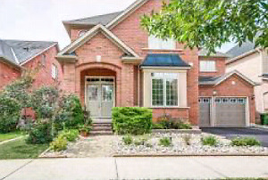 5 bedroom 5 bath house for rent - Stoney Creek Waterfront