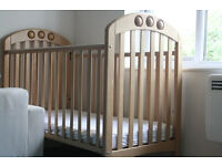 Mamas and Papas Baby bed