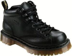 Women's doc Martin Boot size 8