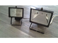 2 Halogen Lights. Can Be Used For DIY, Garden, Security etc.