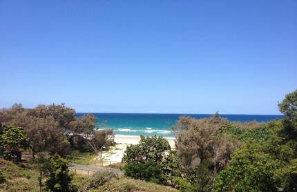 SURFERS PARADISE SHARE ROOM (GIRLS) (WEEK BILLS & WIFI INCLUDED)