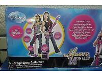 Hannah Montana set, guitar, amplifier (battery)