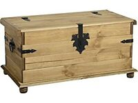 Seqonique Corona ottoman single storage chest