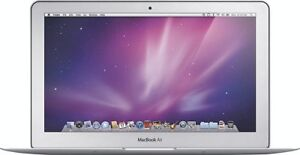 Apple MacBook Air 11.6 Laptop C2D 1.4GHz 2GB 64GB WiFi