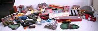 Large Lot of HO Scale Model Train Cars, Buildings, Accessories