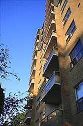 Fantastic bachelor apartment for rent!