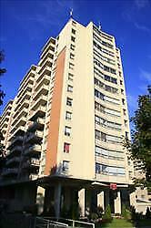 ONLY ONE!!! 1 bdrm apartment for rent minutes to the University!