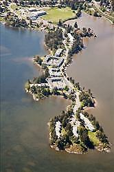 Craigowan and Shoreline: 2818-3037 Craigowan Road, 2BR