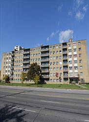 Lawrence and Midland: 2700, 2702 Lawrence Avenue East, 2BR