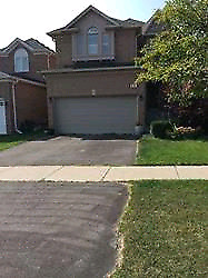Bright 4/4,Fin Basement with a Whr, 9 ft Ceiling, Prime Location