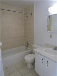 2 Bedroom Apartment for Rent MINUTES TO DOWNTOWN! Kitchener / Waterloo Kitchener Area image 8