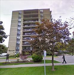 King St W and Dufferin: 115, 135 Tyndall Avenue, Bachelor / Stud