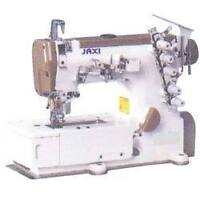 Full-time/Temps-plein: Sewing machine à coudre simple & overlock
