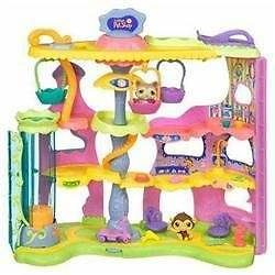 LOTS OF PLAYSETS - LITTLEST PET SHOP (LPS) Gold Coast City Preview