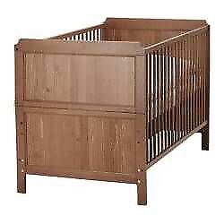 Nursery Baby Furniture Crib Dresser set