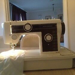 New Home Sewing Machine - Model 635 C