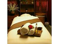 Professional thai hot oil massage deep tissue sports massage and relaxation service