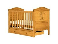 Babies R Us - Winnie The Pooh Cotbed Antique Finish