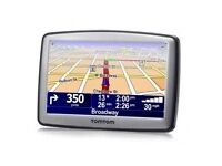 TOMTOM XL 30 SERIES WITH UK MAPS. AS NEW CONDITION AND WORKS PERFECTLY