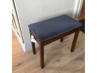 6 month old Piano stool in excellent condition.