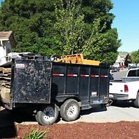 Junk removal renovation cleanup hauling yard waste 403-404-6171