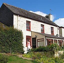 Easter Holiday. Farmhouse sleeps 10 near Looe