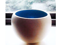 Retro Style Cream/Blue Round Spherical Hanging Plant Pot Art Piece Bowl Vase.