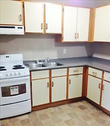 Windsor and Alexandra: 39, 43 and 45 Jefferson Lane, 2BR