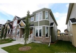 Townhouse in desirable Clearview Ridge - PETS NEGOTIABLE