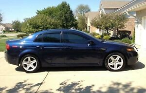 2005 ACURA TL(Winter tires on)