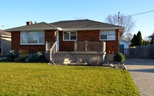 3 Bedroom House with Large Garage for Rent in Corunna