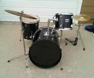 Great beginner drum set