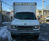 1999 Ford E-350 cube van Other