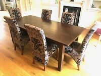 Antique Oak Extendable Dining Table and 6 Chairs .
