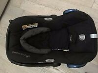 Maxi-Cosi CabrioFix Group 0+ Baby Car Seat, Black Raven with foot muff