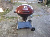 Large split level Kettle barbecue