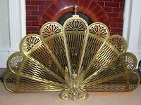 VINTAGE ANTIQUE STYLE SOLID POLISHED BRASS PEACOCK DESIGN FOLDING FIRE SCREEN