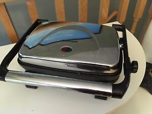 TOASTESS PANINI GRILL OR PRESS