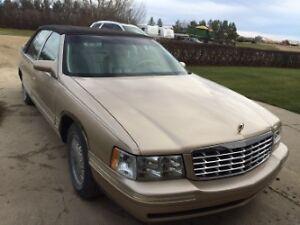 1997 Cadillac DeVille Sedan Moose Jaw Regina Area image 1