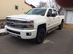 2015 Chevrolet Silverado 2500 high country Camionnette