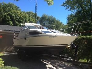 Clean 1983 Bayliner with cuddy cabin
