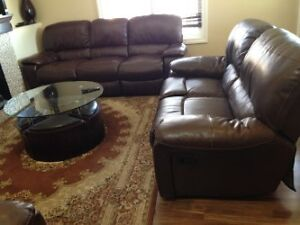 Sofa table kijiji free classifieds in calgary find a for Sofa bed kijiji calgary