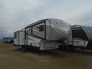 For Sale; 5th Wheel Travel Trailer